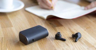 TrueConnect earphones